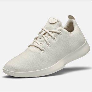 BRAND NEW ALLBIRDS white sneakers